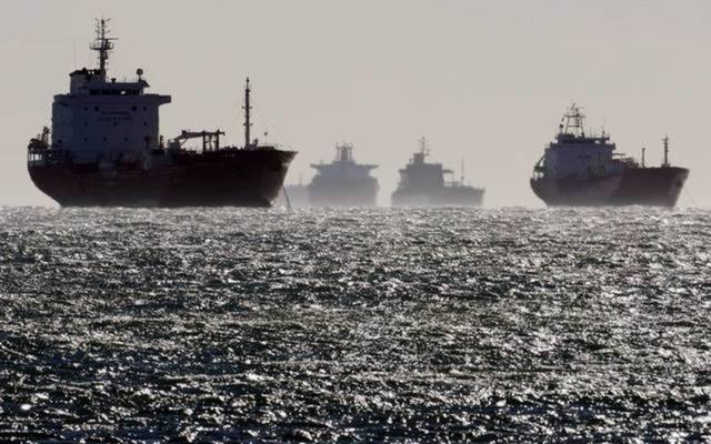 Iran frees British oil tanker